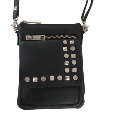 Lille-taske-i-skind-med-studs_-EIE-8001R_-Farve-sort_-vejl-uds-pris-549-dkr